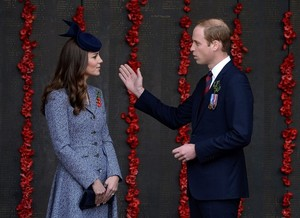 Prince William and Kate Mark ANZAC 日