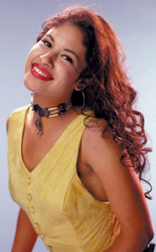 Selena Quintanilla-Pérez wallpaper probably with a bustier, attractiveness, and a portrait entitled Queen Selena ♥