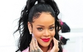Rihanna Dior fashion tunjuk