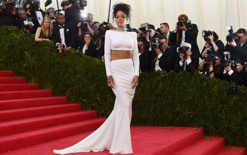 Rihanna wallpaper possibly with a dinner dress titled Rihanna Met Gala 2014