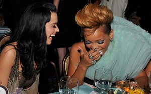 rihanna and Katy Perry pre-grammy party