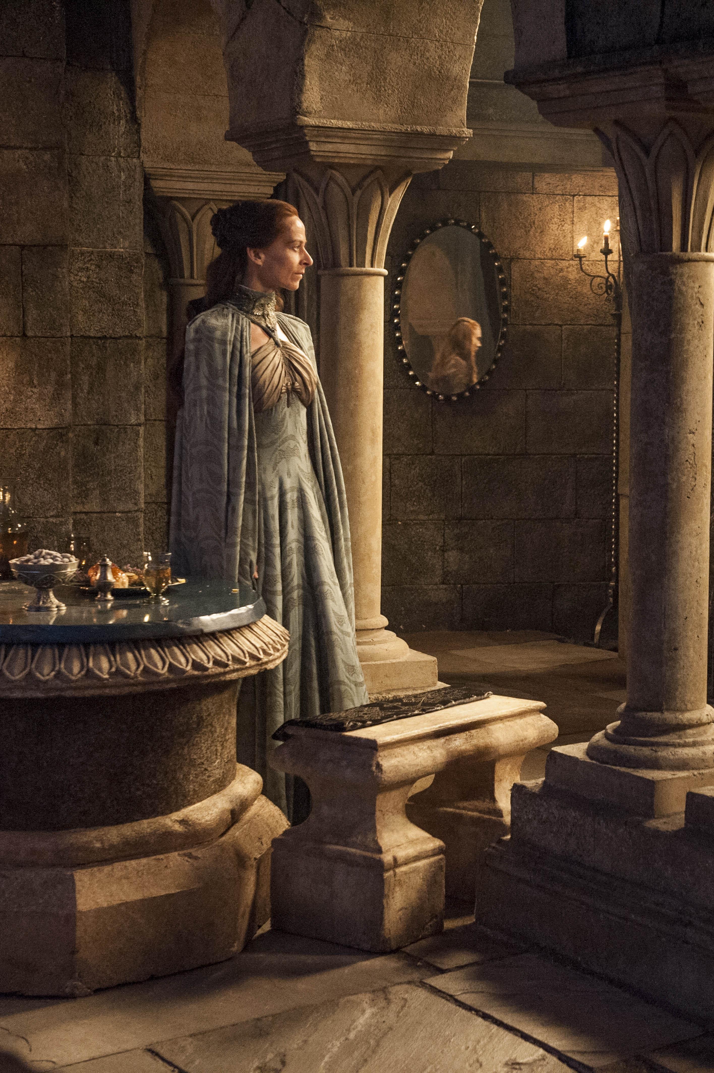 Season 4, Episode 5 – First of His Name