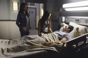 Season 5 Episode 1 'EscApe from New York' promo picture