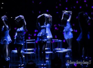 Sexy dance in the dark @GG3rdJPNTOUR