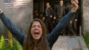 The 100 Screencaps