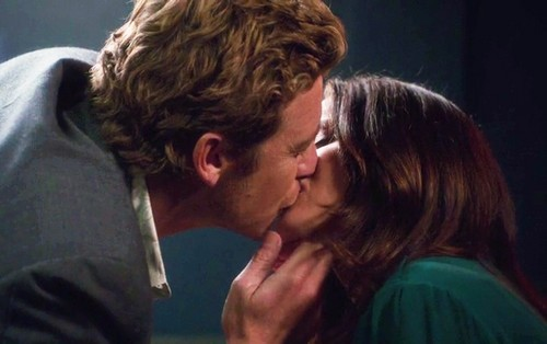 The Kiss <333 - the-mentalist Photo