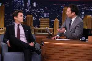 Tonight tampil with Jimmy Fallon, 06.05.2014