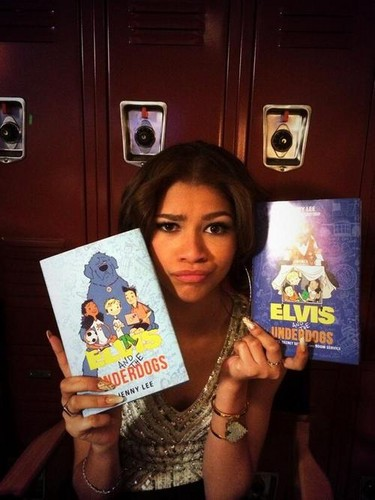 "Zendaya Coleman wallpaper with a sign entitled Zendaya and the cast of ""K.C. Undercover"" shooting the pilot episode"