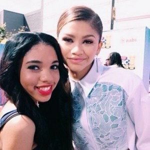 Zendaya at the Radio 迪士尼 Awards 2014 (April 27, 2014)