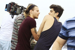 Zouis (Brasil May 7th)