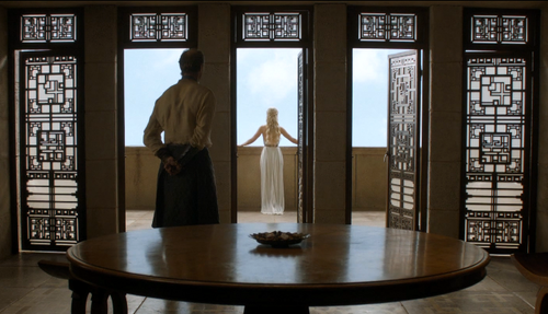 Дейенерис Таргариен Обои probably containing a breakfast area, a living room, and a dining room entitled dany and jorah