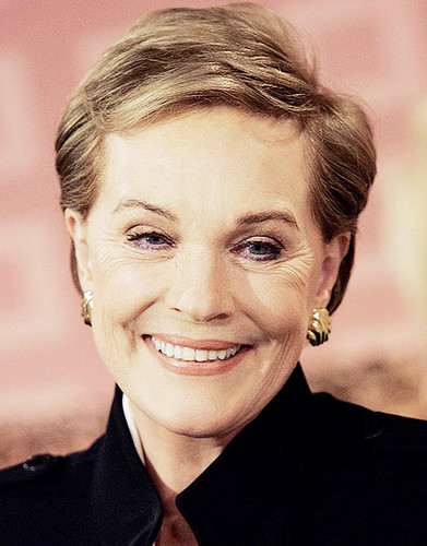 Julie Andrews wallpaper with a business suit and a portrait titled julie andrews
