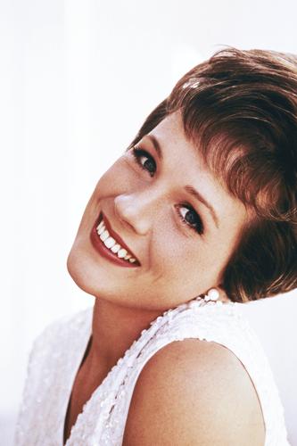 Julie Andrews wallpaper with a portrait called julie andrews