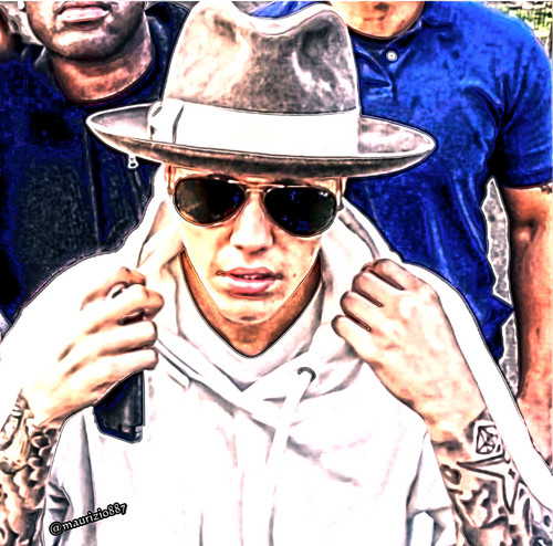 Justin Bieber wallpaper with a fedora, a boater, and a campaign hat entitled justin bieber 2014