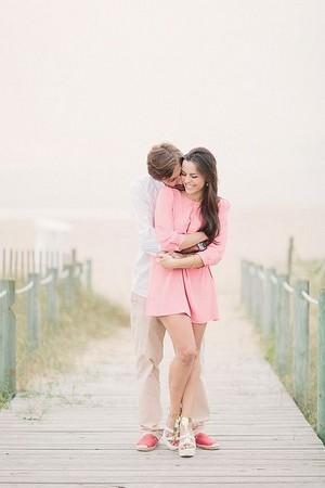 kiss and hugz