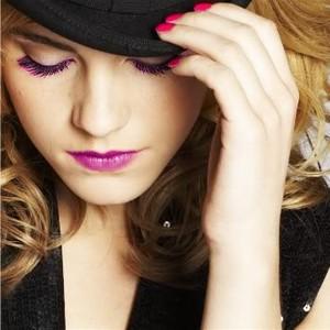 (Team Emma Watson Pakistan)