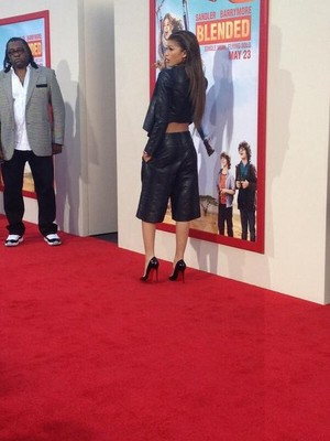 """Zendaya at the """"Blended"""" premiere in LA (May 21st)"""