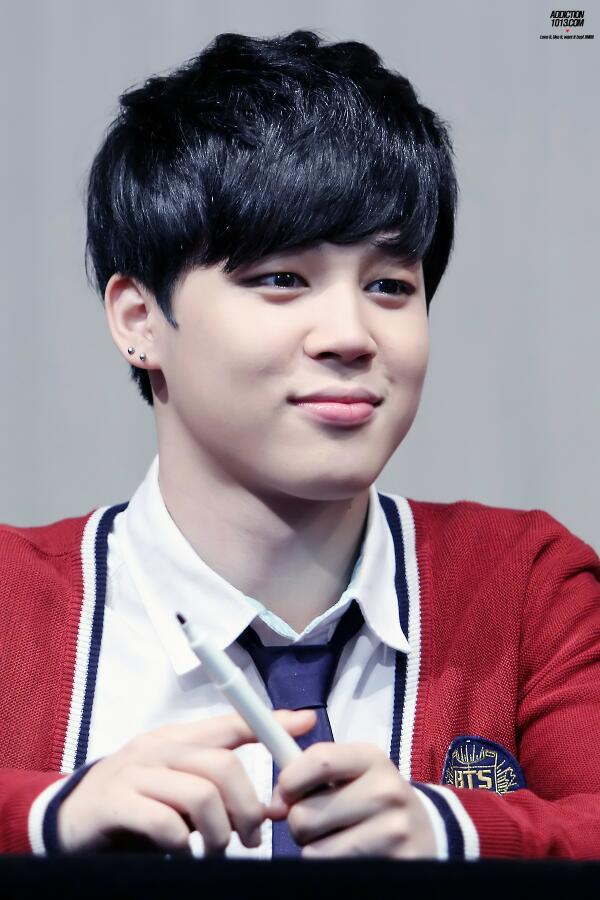 140517 Jimin @ Daejeon Fansign (Cr: Addiction)