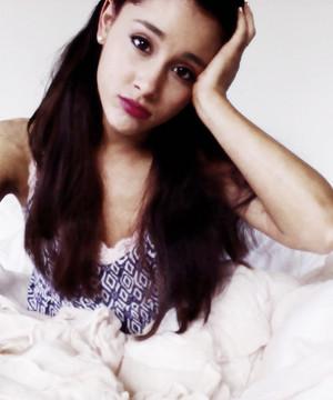 Ariana Grande ✰
