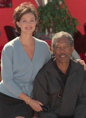 Ashley Judd and Morgan Freeman