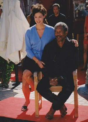 Ashley Judd and مورگن Freeman