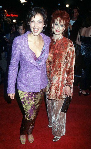 Ashley and Naomi Judd