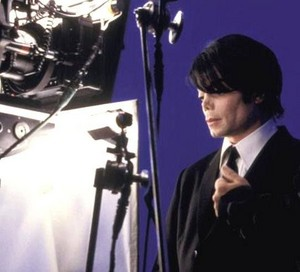 "Behind The Scenes In The Making Of The 2002 Film, ""Men In Black II"""