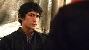 Bellamy looking at Clarke part 1