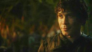 Bellamy looking at Clarke part 2