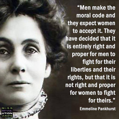 Feminism Hintergrund with a portrait entitled British Suffragist Emmaline Pankhurst Quote