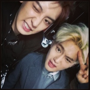 Chanyeol 140521 Instagram Update: my upendo leader hyung happy birthday♥