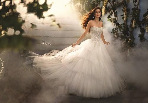 Fairy Tales & Fables वॉलपेपर with a bridal गाउन and a गाउन entitled सिंडरेला