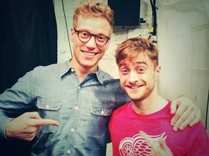Daniel Radcliffe And Barrett Foa (Fb.com/DanielJacobRadcliffeFanClub)