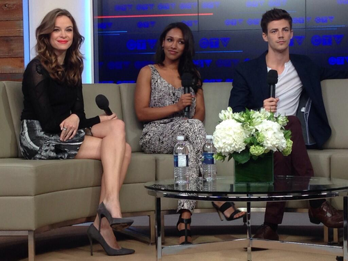 The Flash (CW) achtergrond titled Danielle Panabaker, Candice Patton and Grant Gustin at the CTV Upfronts in Toronto