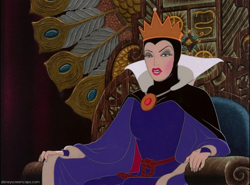 Childhood Animated Movie Villains wallpaper called Evil Queen