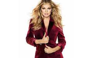 Fergie in a bordo suit