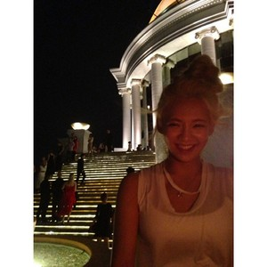 Hyoyeon 140525 Instagram Update: when i was in Bangkok :) what a beautiful ;)