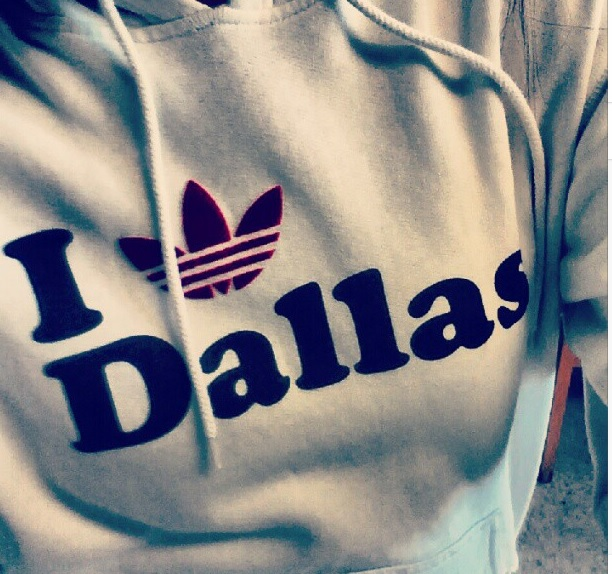 I 愛 Dallas, where can I buy it???