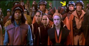 Is that Thorin Oakenshield in तारा, स्टार Wars: The Phantom Menace?