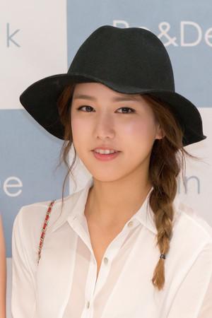 Jiwon @ Ro&De PopUpStore Event