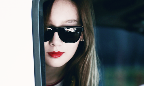 taeyeon (snsd) wallpaper with sunglasses entitled Kim Taeyeon ~