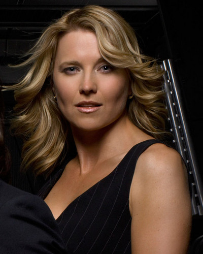 Lucy Lawless wallpaper called Lucy (Battlestar Galactica)