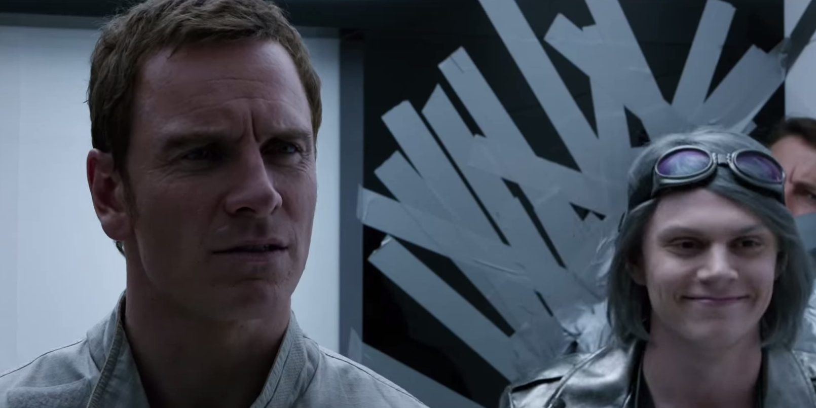 Magneto s head before running with him in Days of Future Past movieX Men Quicksilver Days Of Future Past