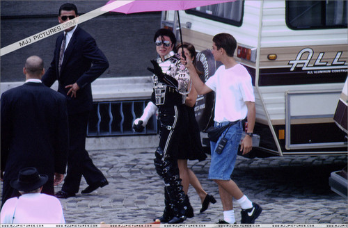 The 90s wallpaper called Michael Jackson And First Wife, Lisa Marie Presley