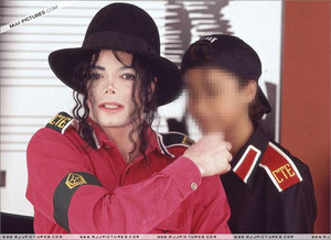 Michael Jackson Dangerous litrato Shoots