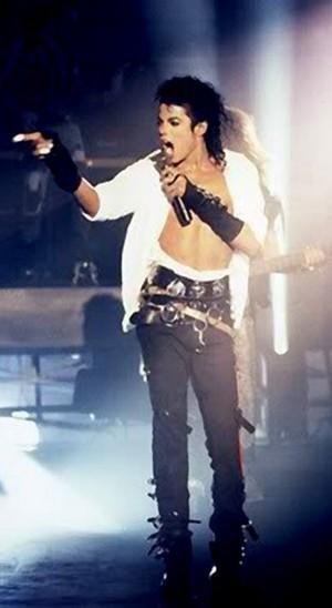 Michael Jackson In show, concerto