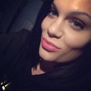 New Jessie Selfie <3