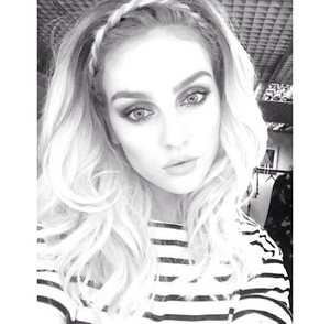 New picture of Perrie she 게시됨 on Instagram ❤