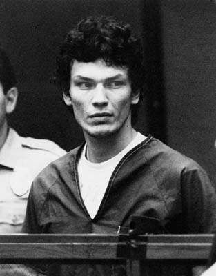 Serial Killers 바탕화면 probably with a pianist titled Richard Ramirez