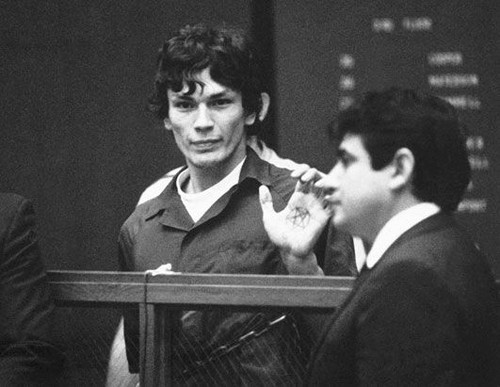 Serial Killers Hintergrund containing a business suit entitled Richard Ramirez